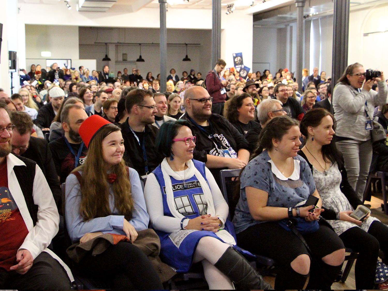 Ein begeistertes Publikum während eines Panels