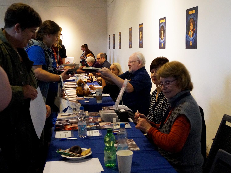 Autogramme und Selfies mit den Gaststars